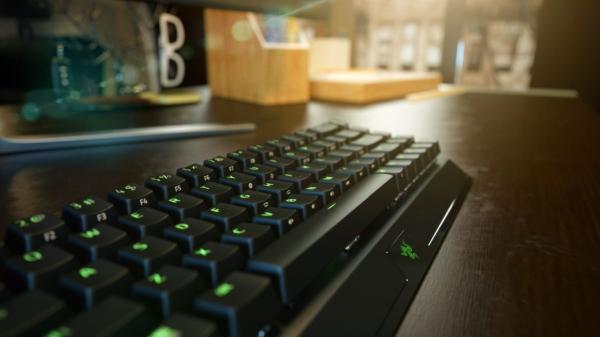 Bezprzewodowa kompaktowa klawiatura mechaniczna